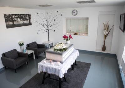 Ve zvířecím krematoriu v Praze Běchovicích mají tuto krásnou obřadní síň